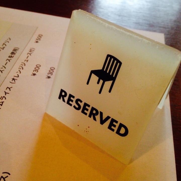 一人でも入りやすくて店内にジャズが流れるオシャレな雰囲気なオーガニックカフェ『リンネ』
